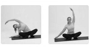 Eine Frau macht Yoga-Übungen. Mit entspannten Morgenroutinen kannst du deine Arbeitsbelastung im Alltag reduzieren und mit mehr Energie die Herausforderungen in der Schule bewältigen.